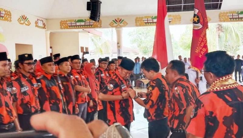 Bambang Soemantri Pimpin Pemuda Pancasila Tuba Winarti Pak